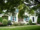 Casa para uma família for sales at Charming Colonial Cottage 31 Olmstead Road Morris Township, Nova Jersey 07960 Estados Unidos