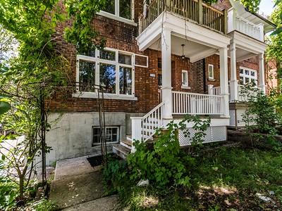 Nhà ở một gia đình for sales at Notre-Dame-de-Grâce (Montréal) 3540 Av. Northcliffe Montreal, Quebec H4A3K7 Canada