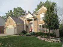 Nhà ở một gia đình for sales at West Bloomfield 5706 Applegrove   West Bloomfield, Michigan 48324 Hoa Kỳ