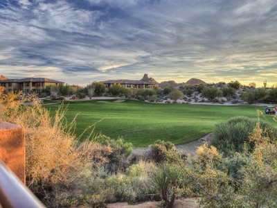 Villetta a schiera for sales at Expansive Views from one of the Best View Lots in the Golf Villas @ Troon North 10222 E Southwind Ln #1051 Scottsdale, Arizona 85262 Stati Uniti