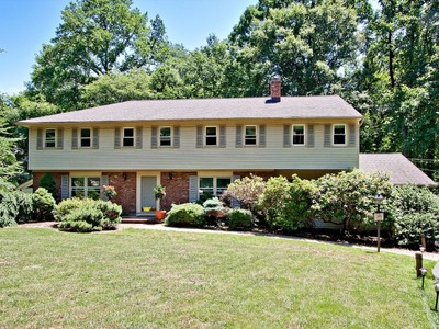 Single Family Home for sales at 16 Salisbury Court  Holmdel, New Jersey 07733 United States