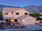 Einfamilienhaus for sales at Gracious Upgrades with Beautiful Outdoor Living Spaces 12790 N Bandanna Way Oro Valley, Arizona 85755 Vereinigte Staaten