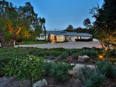 Maison unifamiliale for sales at 1620 E Mountain Dr  Montecito, Californie 93108 États-Unis