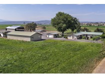 Maison unifamiliale for sales at Ranch Style Home 110 NW Grimes Rd   Prineville, Oregon 97754 États-Unis