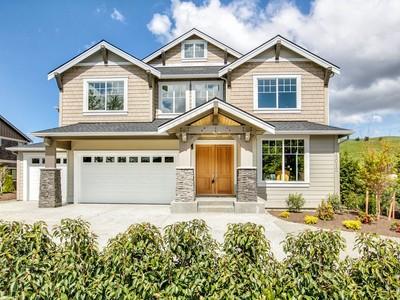 Vivienda unifamiliar for sales at Luxurious Newcastle Home 15012 SE 80th St Newcastle, Washington 98059 Estados Unidos