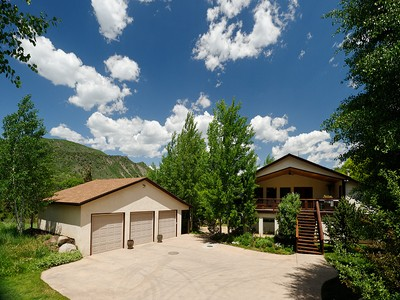 Duplex for sales at Aspen Mountain and River Views 8883 Upper River Rd.  Woody Creek, Colorado 81656 Stati Uniti