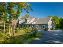 Single Family Home for sales at 1086 Sawyer Road    Cape Elizabeth, Maine 04107 United States