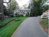 Moradia for sales at Gorgeous Home On One Of Buckhead's Finest Streets 2490 Woodward Way  Buckhead, Atlanta, Geórgia 30305 Estados Unidos