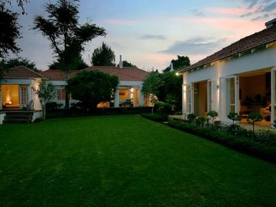 단독 가정 주택 for sales at Charming home with many amenities.  Johannesburg, 가우텡 2196 남아프리카
