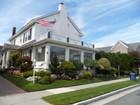 Maison unifamiliale for  sales at 8 S. Pembroke Ave 8 S. Pembroke Avenue   Margate City, New Jersey 08402 États-Unis