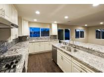 Maison unifamiliale for sales at 4861 Sevilla Way    Carlsbad, Californie 92008 États-Unis
