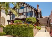 단독 가정 주택 for sales at 2333 Albatross Street    San Diego, 캘리포니아 92101 미국