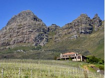 独户住宅 for sales at Famous Wine Farm perched high above Stellenbosch  Stellenbosch, 西开普省 7600 南非