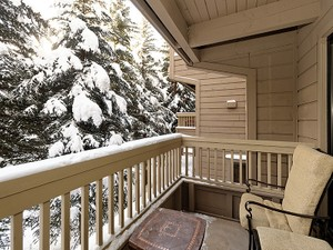 Additional photo for property listing at Conveniently Located Aspen Condo 610 South West End Street Unit C-204   Aspen, Colorado 81611 United States