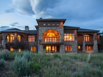 Villa for sales at Aspen Crest Manor—the Epitome of Luxury 7501 N Promontory Ranch Rd Park City, Utah 84098 Stati Uniti
