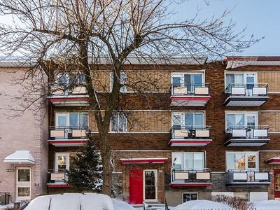 Mehrfamilienhaus for sales at Montreal   Mercier/Hochelaga-Maisonneuve 6415 Rue de Marseille Montreal, Quebec H1N1L6 Kanada