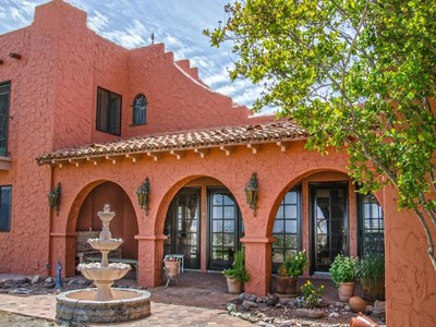 Casa Unifamiliar for sales at Stunning Historic Ranch 32300 S Moyza Ranch Road Amado, Arizona 85645 Estados Unidos