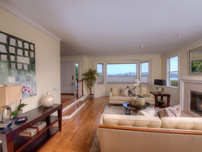 Vivienda unifamiliar for sales at Private and Spacious 2 Spring Hill Circle Sausalito, California 94965 Estados Unidos