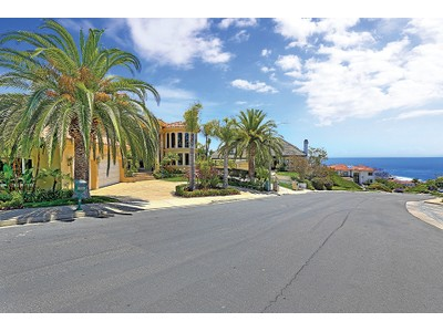 Maison unifamiliale for sales at 31732 Isle Vista  Laguna Niguel, Californie 92677 États-Unis