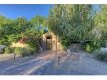 Villa for sales at True Santa Fe Estate Once Featured In Phoenix Home And Garden Magazine 5060 E Sky Desert Lane   Paradise Valley, Arizona 85253 Stati Uniti