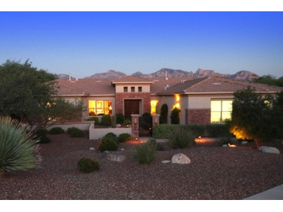 Single Family Home for sales at Pepper Viner Home On Large Lot In The Golf Gated Community In Rancho Vistoso 13842 N Javalina Springs Place Oro Valley, Arizona 85755 United States