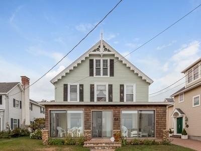 Nhà ở một gia đình for sales at Summer Cottage 227 Seaside Avenue  Westbrook, Connecticut 06498 Hoa Kỳ
