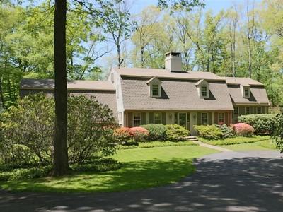 """Villa for sales at """"Laurel Haven"""" 16 Pelham Lane Ridgefield, Connecticut 06877 Stati Uniti"""