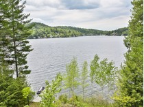 Einfamilienhaus for sales at Lake Sunapee Home 94 Jobs Creek Road   Sunapee, New Hampshire 03782 Vereinigte Staaten