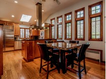 Vivienda unifamiliar for sales at Beautiful Updated Home 1 Fairview Drive   Westport, Connecticut 06880 Estados Unidos