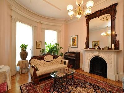 Copropriété for sales at 619 Mass Ave - Unit 1 619 Massachusetts Ave Unit 1  Boston, Massachusetts 02118 États-Unis