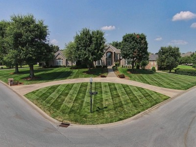 Single Family Home for sales at 8508 Westover Road 8508 Westover Drive Prospect, Kentucky 40059 United States