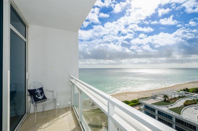 Piso for sales at Canyon Ranch 6801 Collins Ave #LPH06 Miami Beach, Florida 33140 Estados Unidos