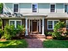 独户住宅 for  sales at Lovely Updated Colonial set in Morningside Neighborhood 24 Langley Road Arlington, 马萨诸塞州 02474 美国