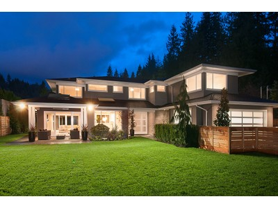 Nhà ở một gia đình for sales at Lower British Properties 336 Moyne Drive West Vancouver, British Columbia V7S1J2 Canada