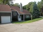 Maison unifamiliale for  rentals at Applehill Farm Rental 2 Pondview Close Chappaqua, New York 10514 États-Unis