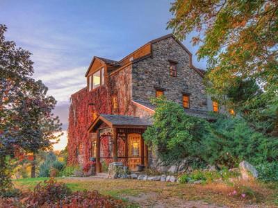 Частный односемейный дом for sales at Old Rock Mill, Farmington Utah 25 East 802 North Farmington, Юта 84025 Соединенные Штаты