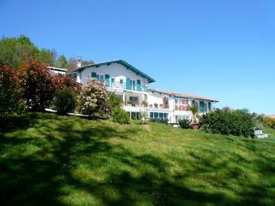 Maison unifamiliale for sales at Maison limite Arcangues  Other Aquitaine, Aquitaine 64480 France