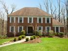 Casa Unifamiliar for sales at Fabulous 42 Danebury Downs Upper Saddle River, Nueva Jersey 07458 Estados Unidos