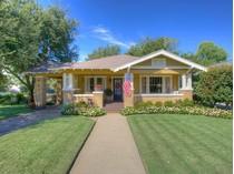 Tek Ailelik Ev for sales at 2020 Carleton Avenue    Fort Worth, Teksas 76107 Amerika Birleşik Devletleri