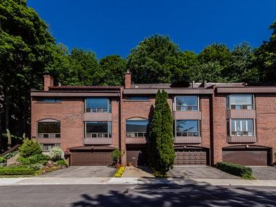 Nhà ở một gia đình for sales at Montréal 1335 Rue Redpath-Crescent Montreal, Quebec H3G1A1 Canada