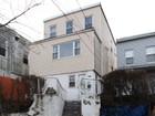 Maison avec plusieurs logements for sales at 2-Family Detached Home 1324 East 222 Street Baychester, New York 10469 États-Unis