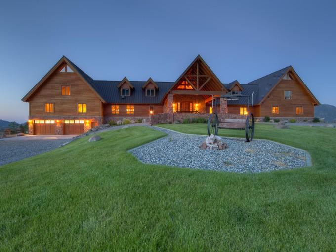Vivienda unifamiliar for sales at Grizzly Meadows Lodge 189 Rock Creek Road  Emigrant, Montana 59027 Estados Unidos
