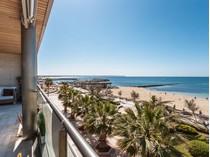 Appartement for sales at Beautiful frontline Apartment in Portixol    Palma, Majorque 07006 Espagne
