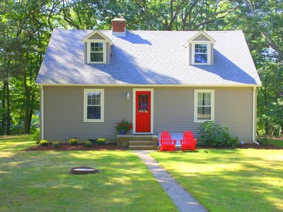 Single Family Home for sales at 111 East Pattagansett Road   Niantic, Connecticut 06357 United States