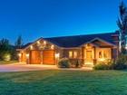 단독 가정 주택 for sales at Exceptional Custom Sandy Home 10346 Grayrock Ct Sandy, 유타 84092 미국