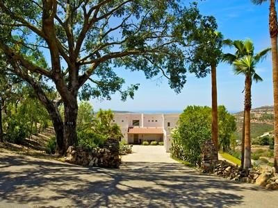 Maison unifamiliale for sales at 530 Deadwood  San Marcos, Californie 92078 États-Unis