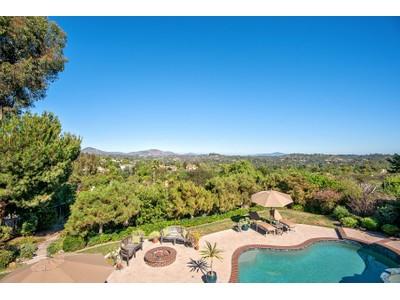 Casa Unifamiliar for sales at 947 Olive Crest Drive   Encinitas, California 92024 Estados Unidos