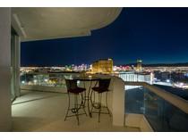 Casa para uma família for sales at 2877 Paradise Rd #2904    Las Vegas, Nevada 89109 Estados Unidos