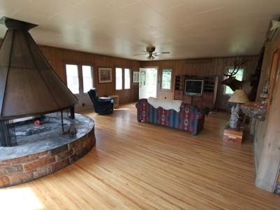 Nhà ở một gia đình for sales at Ferndale Home & Shop 3268 MT Hwy 83  Bigfork, Montana 59911 Hoa Kỳ