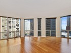 Eigentumswohnung for sales at Beautiful Updated Two Bed 2 Bath in Millennium Park Full Amenity Building 222 N Columbus Unit 1109  Chicago, Illinois 60601 Vereinigte Staaten